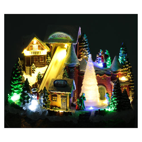 Moving Christmas ski slope with tree 25x30x15 cm 4