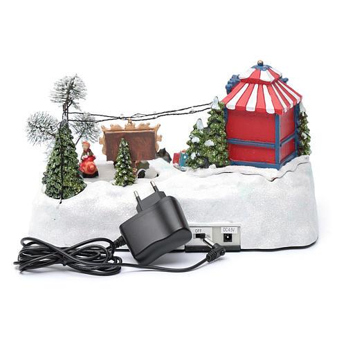 Paisaje de Navidad con parque en movimiento música y luces led 20x25x15 cm 5