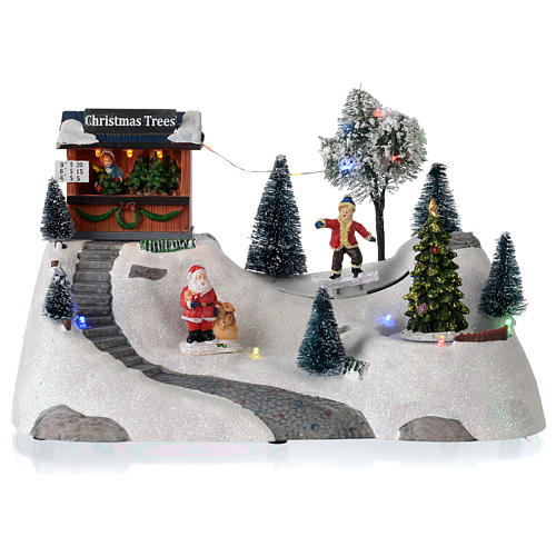 Paisaje de Navidad con música y árbol verde en movimiento 20x30x15 cm 1