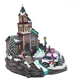 Villaggio natalizio musicale illuminato lago ghiacciato movimento 38X28X30 cm s3