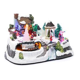 Villaggio natalizio luci musicale movim treno alberi natale 17X31X19 cm s3