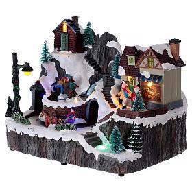 Village Noël lumineux musique mouvement train lac glacé 19x23x16 cm s3