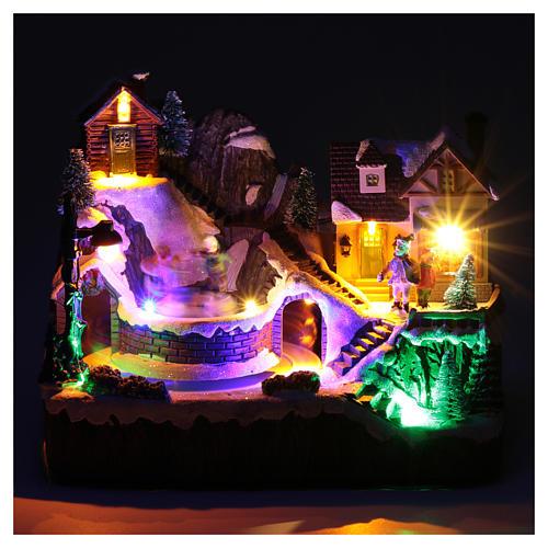 Villaggio natalizio luminoso musica movim trenino lago ghiacciato 19X23X16 cm 4