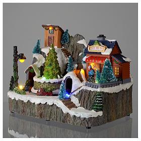 Villaggio natalizio luminoso musica trenino movimento pompieri 19X23X16 cm s3