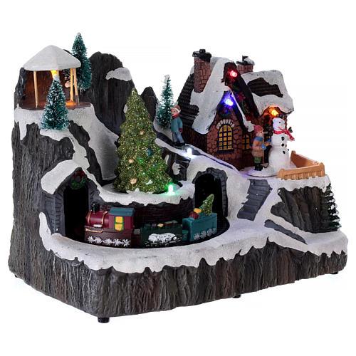 Villaggio natalizio luminoso musica trenino movimento pompieri 19X23X16 cm 4