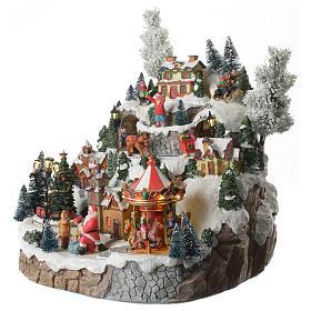 Weihnachtsdorf auf Berg, mit Beleuchtung, Musik und Pferdeschlitten in Bewegung, 35x35x30 cm s2