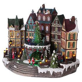 Pueblo Navideño Alpino con Árbol de Navidad en Movimiento 31x38x20 cm batería y corriente s3