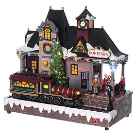 Illuminated and animated Christmas village train station 30x30x15, batteries s3