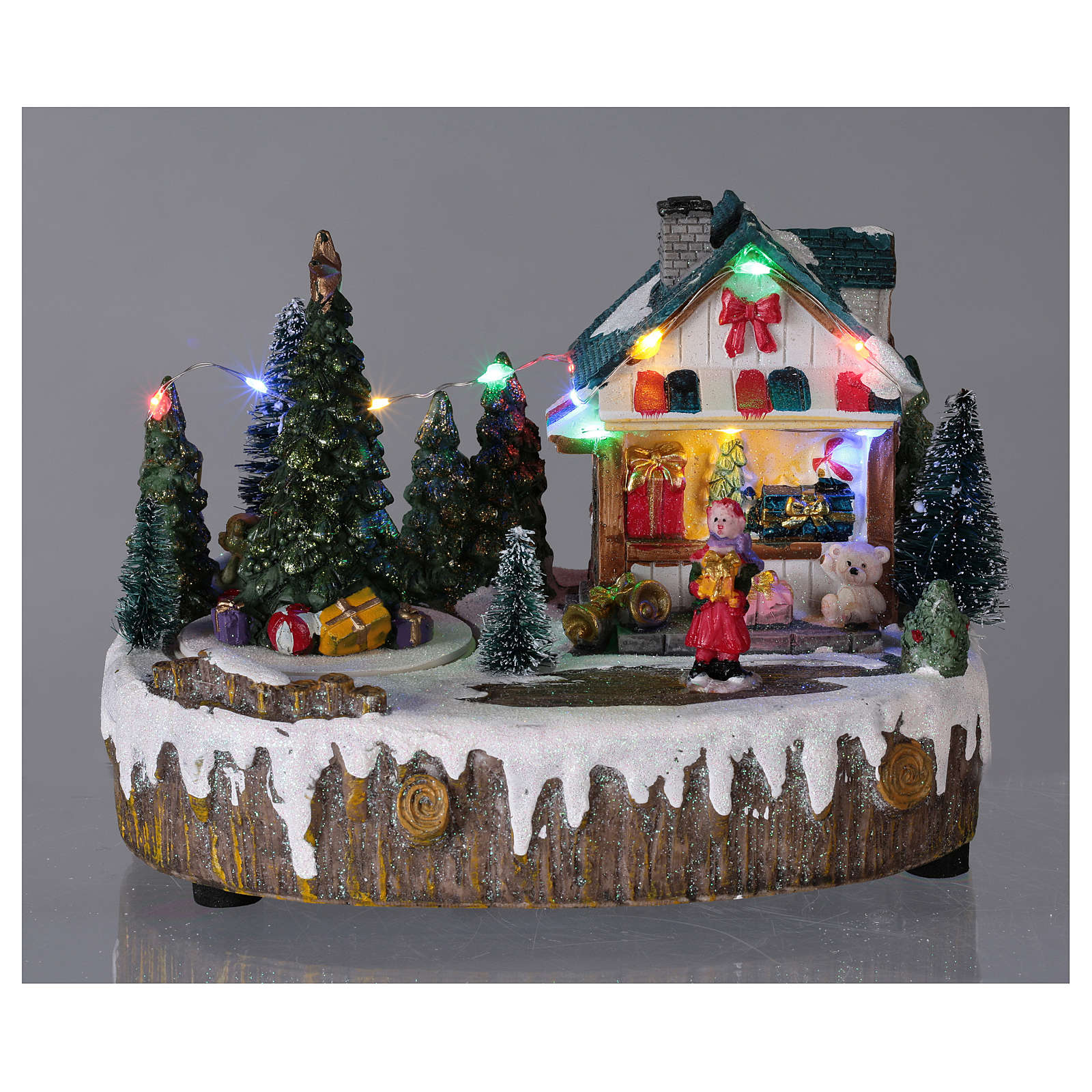 Christmas Village.Christmas Village Set With Moving Shop Lighted Tree 15x20x10 Cm
