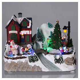 Dekoracja scenka bożonarodzeniowa podświetlana choinka ruchoma Święty Mikołaj elfy 20x25x16 cm na baterie zasilacz s2