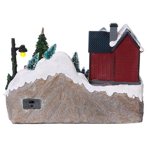 Dekoracja scenka bożonarodzeniowa podświetlana choinka ruchoma Święty Mikołaj elfy 20x25x16 cm na baterie zasilacz 5