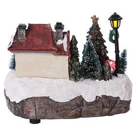 Village de Noël 15x20x10 cm avec sapin de Noël en mouvement piles s5