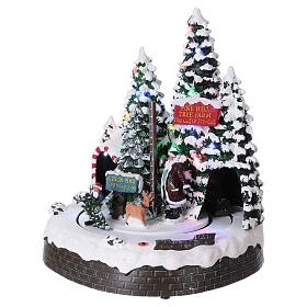 Christmas Tree Scene 30x25x20 cm with moving men battery and electric powered s3