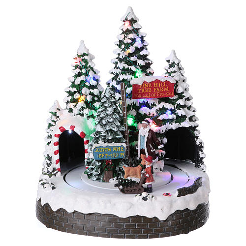 christmas tree scene 30x25x20 cm with moving men battery and electric powered 1