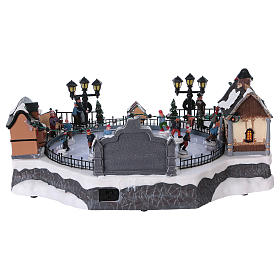 Skating Rink Christmas Scene 20x40x25 cm with Moving Skaters and Santa Clause Power Operated s5