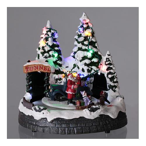 Village Père Noël enfants traineaux éclairage musique 20x20x15 cm 2