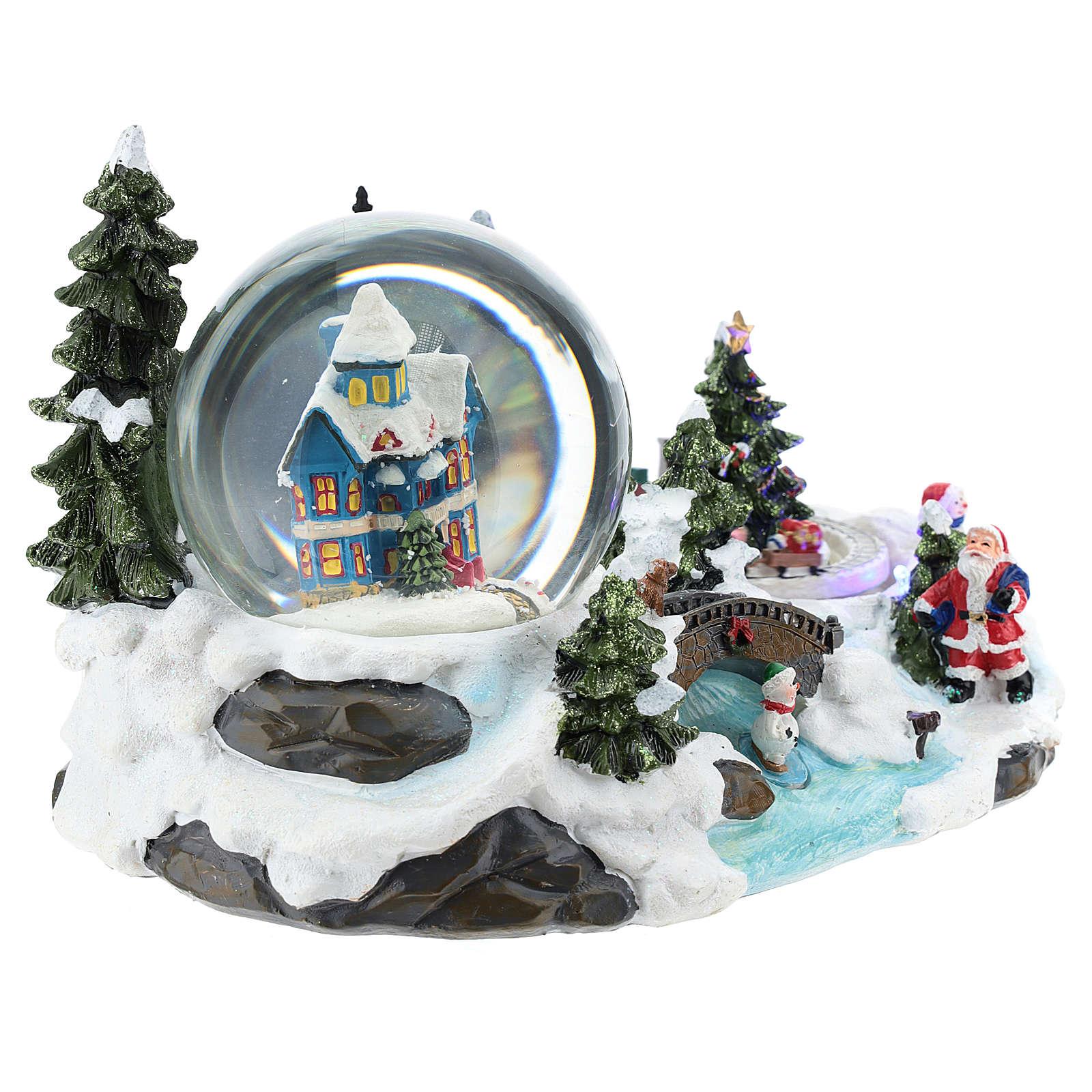 Ambientación navideña con bola de nieve y tren 15x25x15 cm 3