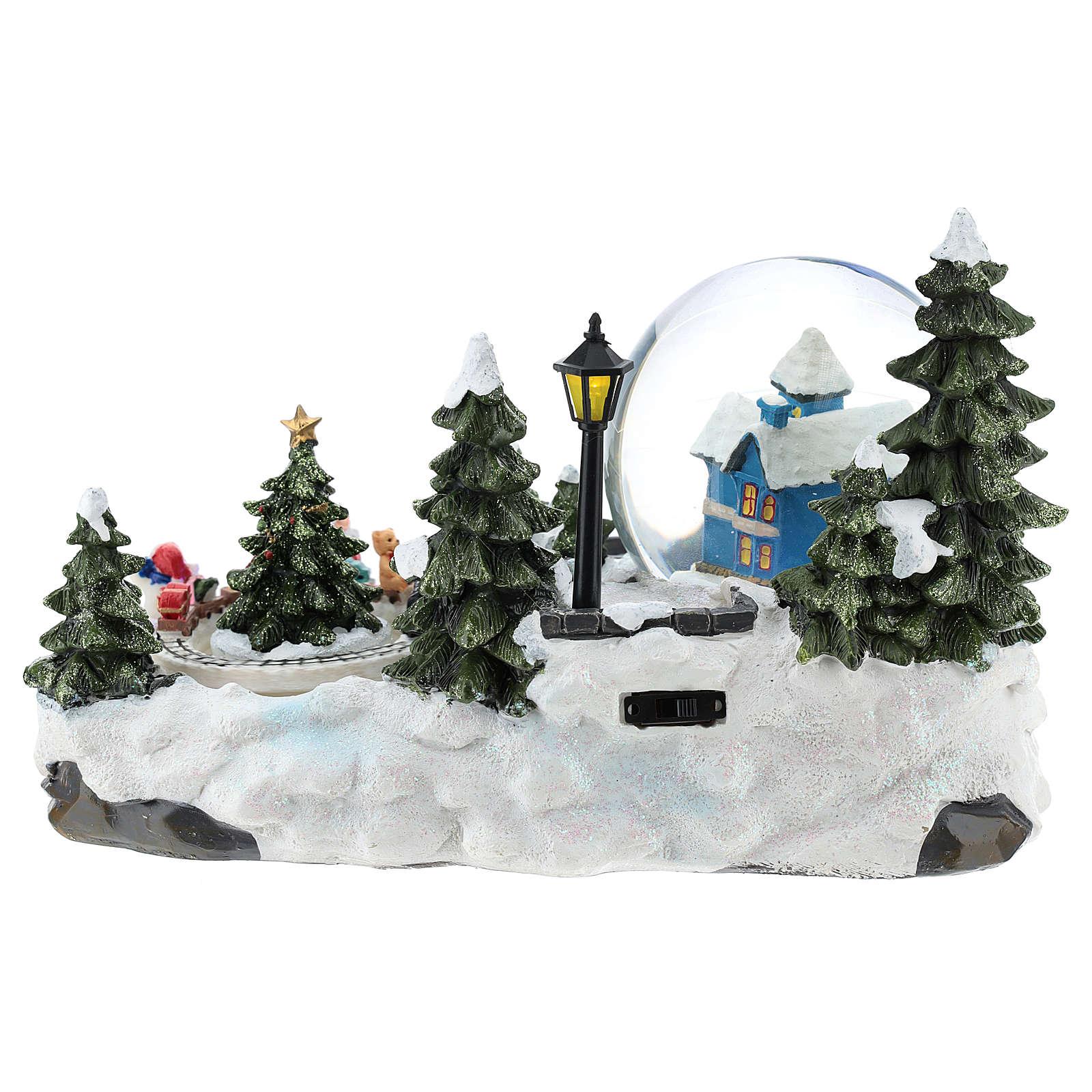 Ambientazione natalizia con palla di neve e trenino 15x25x15 cm 3