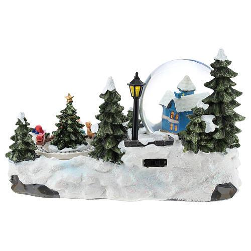 Ambientazione natalizia con palla di neve e trenino 15x25x15 cm 5