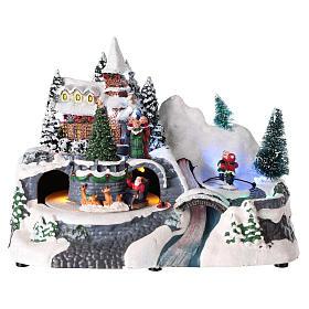 Village de Noël avec église et chute d'eau éclairée 20x25x15 cm s1
