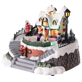 Santa's house with elves for village 15x20 cm s3