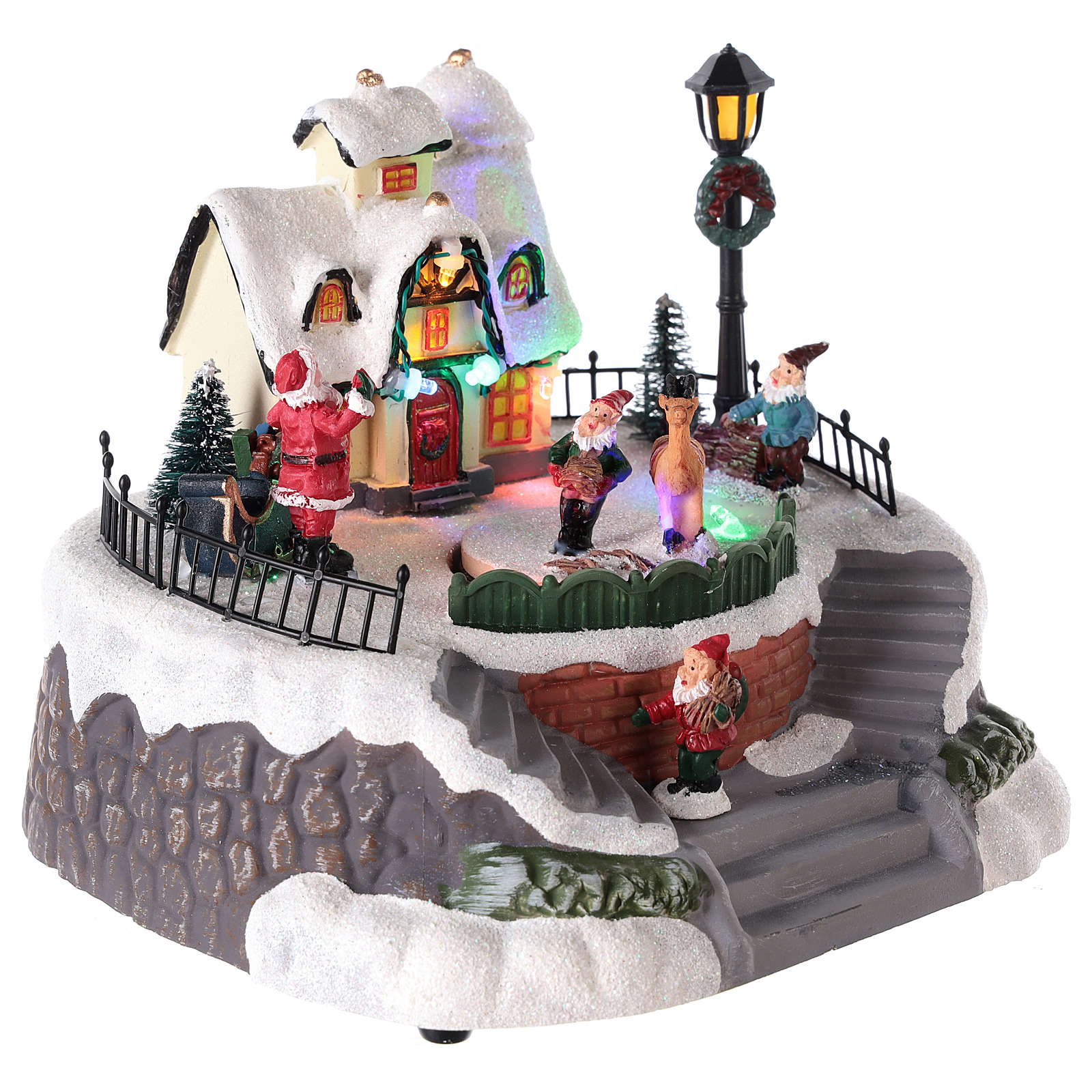 Casa de Papá Noel con elfos para pueblo 15x20 cm 3