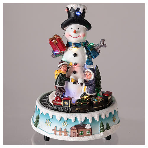 Snowman with gifts 15x20 cm 2