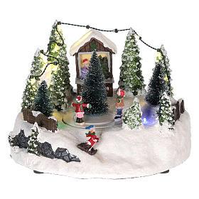Cenários Natalinos em Miniatura: Cena para cenário natalino: árvore de Natal e pista de patinagem  15x20 cm