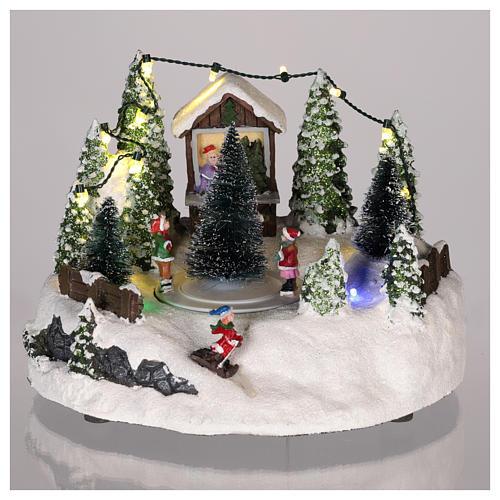Cena para cenário natalino: árvore de Natal e pista de patinagem 15x20 cm 2