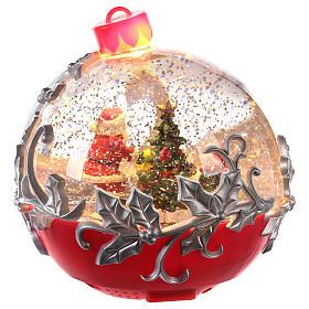 Palla di vetro con Babbo Natale su slitta 15x15 cm s4