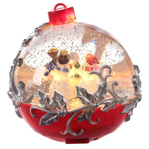 Palla di vetro con pupazzo di neve su slitta 15x15 cm 4