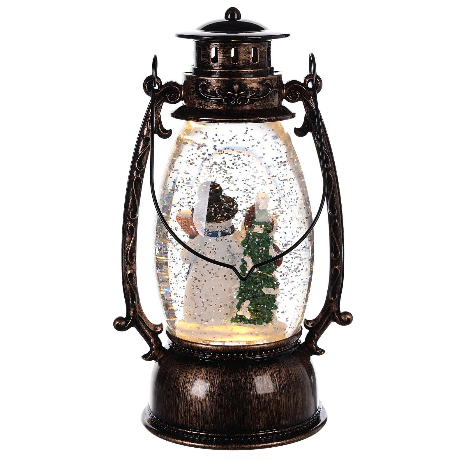 Globo de neve com bonecos de neve numa lanterna 25x10 cm 3