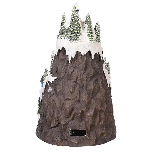 Villaggio natalizio montagna innevata movimento luce musica 50x35x30 5