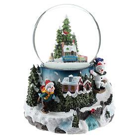 Globo de neve com aldeia e trem h 17 cm s4