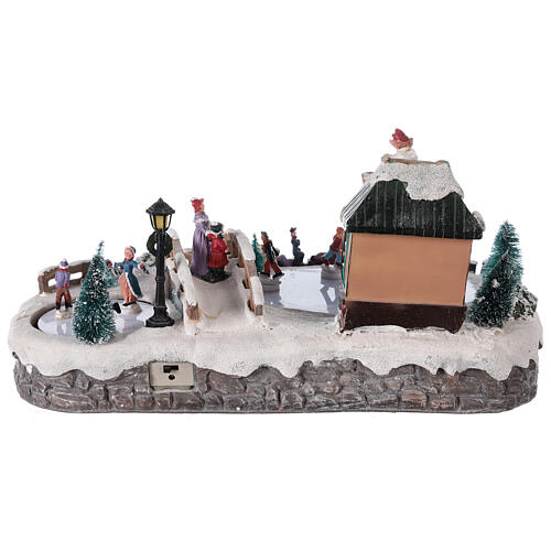 Christmas village with ice rink and shop, 25x20x40 cm 5