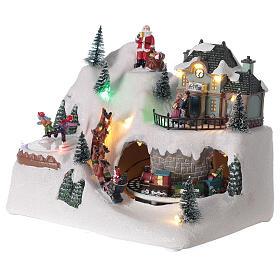 Christmas village reindeer sleigh Santa Claus LED lights music 20x25x15 cm s3