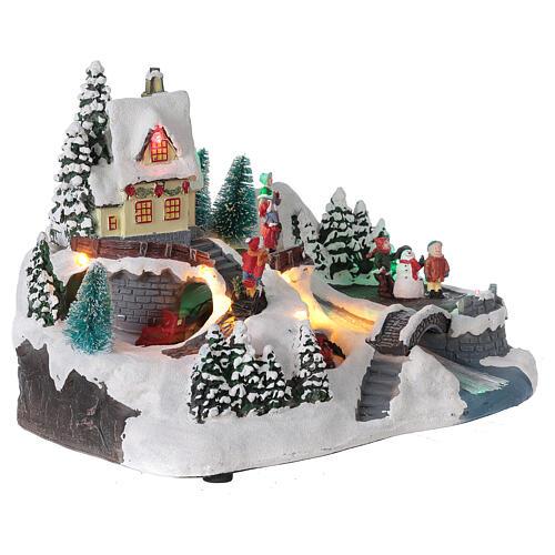 Scène Noël village train rivière éclairée musique 20x30x20 cm 4