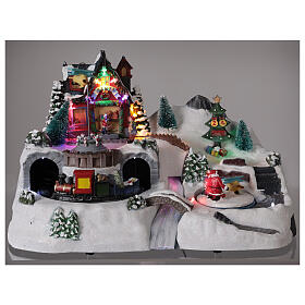 Christmas village tunnel train LED lights music 25x40x20 cm s2