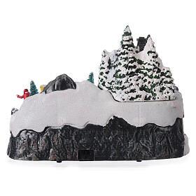 Aldeia de Natal nevada com crianças brincand na neve, luzes LED e música, 23,5x37,5x21,5 cm s5