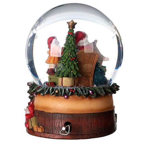 Sfera di vetro neve con Babbo Natale e giocattoli 15 cm 5