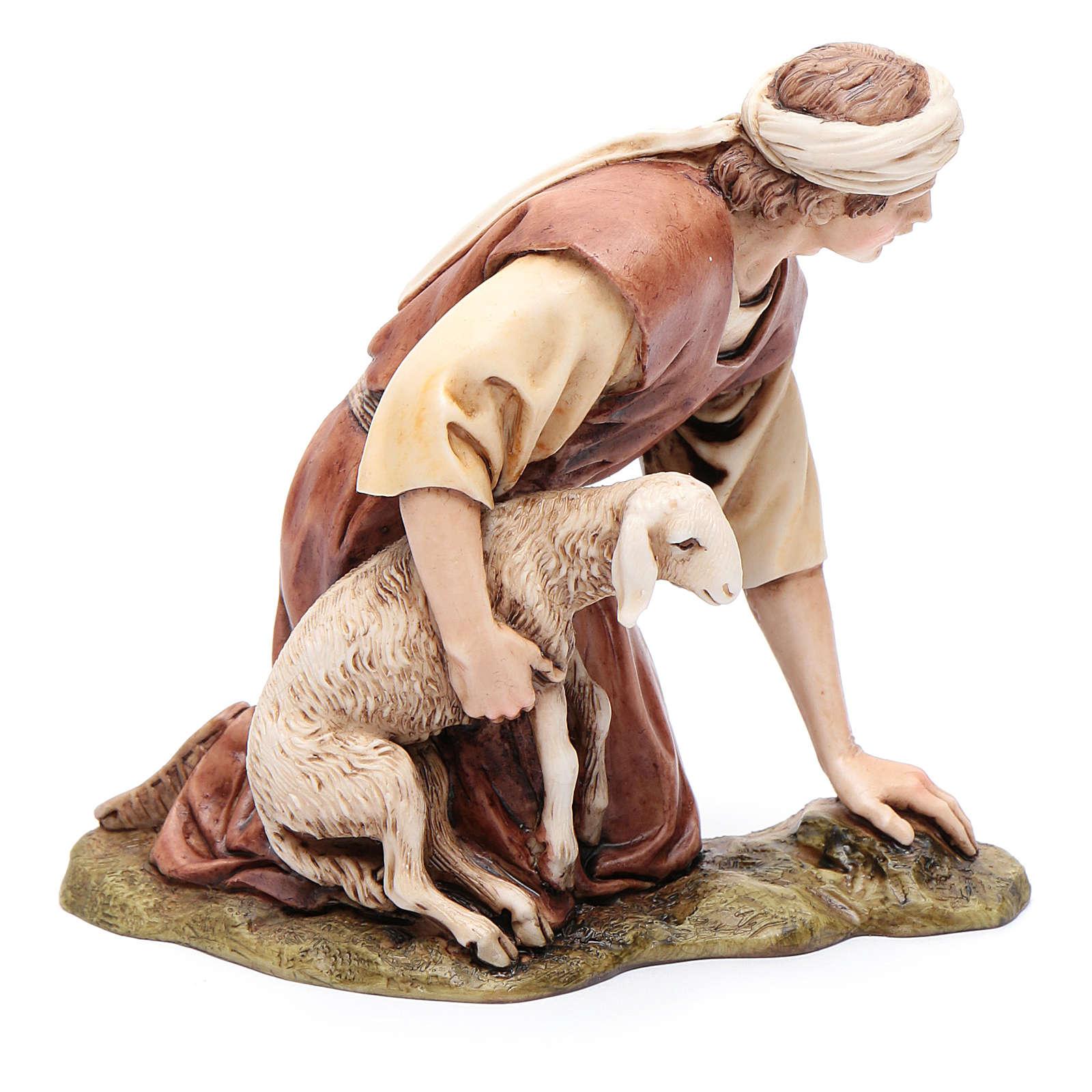 Inginocchiato con agnello 15 cm resina Moranduzzo 4
