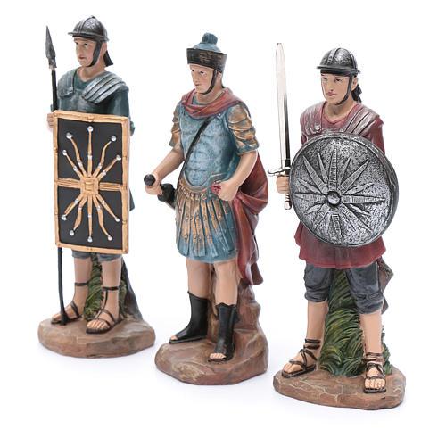 Soldados romanos de resina para belén 20 cm set 3 piezas 2