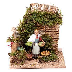 Moving woman selling fruit 10 cm Moranduzzo s1