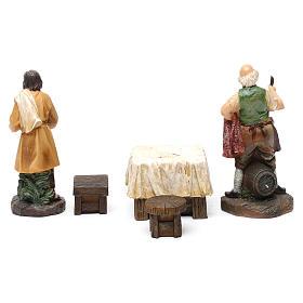 Pastores taberna con mesa resina 2 piezas para belén de 13 cm de altura media s3
