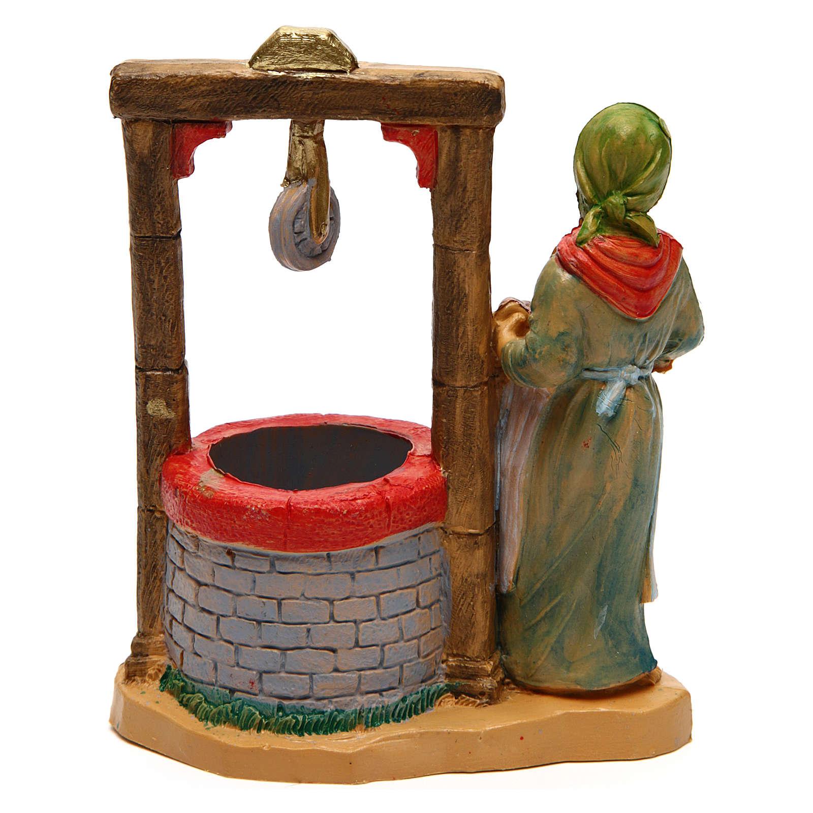 Femme au puits 12 cm crèche 3