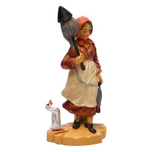 Donna con lana 10 cm presepe 1