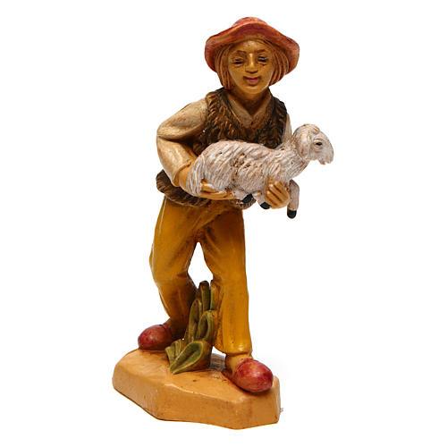 Hombre con oveja para belén de 10 cm de altura media 1