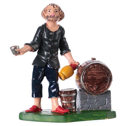 Estatua cantinero con botella vaso y barril 10 cm de altura media pvc 1