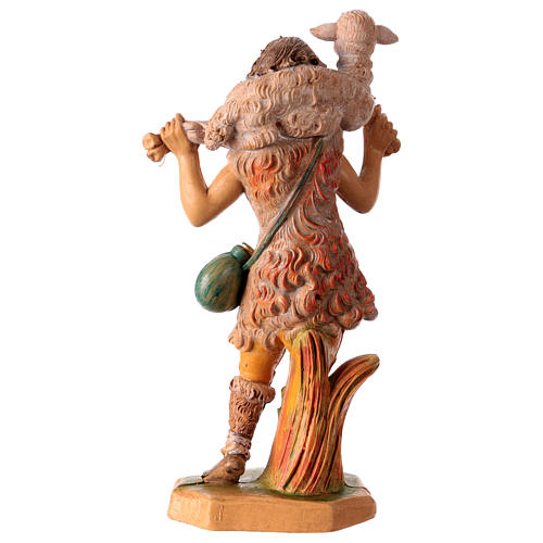 Estatua Hombre con oveja sobre las espaldas 16 cm de altura media para belén 2