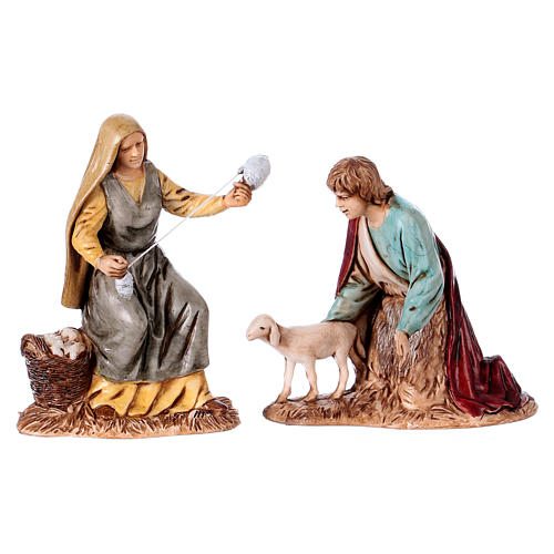 Woman spinner and shepherd for 10 cm Nativity scene Moranduzzo, Neapolitan style 1